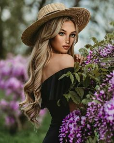 Blonde Photography, Outdoor Portrait Photography, Portrait Photography Poses, Photography Poses Women, Portrait Poses, Photo Poses, Country Girl Photography, Modelling Photography, Woman Photography