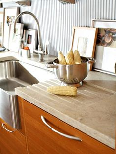 I like the countertop drain into the sink