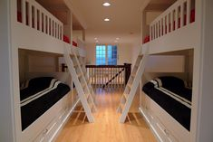 Great usage of space. P1010794.JPG by Rob Olejniczak, via Flickr