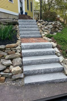 Salt & Pepper Granite Steps w/ red brick inlay