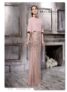 MG 2762 – Evening dress – Manu García - Fashion Outfits Couture Mode, Couture Fashion, Simple Dresses, Elegant Dresses, Wedding Robe, Engagement Dresses, Evening Dresses, Prom Dresses, Elegant Outfit