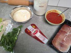 Pizza met serranoham en rucola ingrediënten