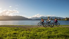 Things to do in Te Anau & Manapouri, day trips to Milford Sound - love tramping, kayaking, fishing, amazing wilderness this is a full-on natural paradise that suits everyone's needs. Te Anau, Stuff To Do, Things To Do, Milford Sound, Bike Trails, Tour Guide, Day Trips, Mountain Biking, Wilderness