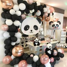 Girl Birthday Themes, Baby Girl First Birthday, 10th Birthday Parties, Birthday Party Decorations, Panda Themed Party, Panda Party, Bear Party, Baby Shower Deco, Baby Girl Shower Themes
