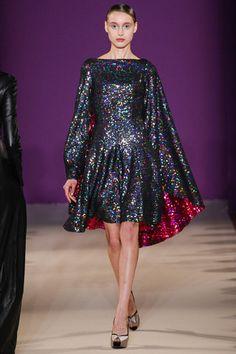 Talbot Runhof SS14 / Spring 2014 / fashion week / runway / holographic - glitter - sparkle