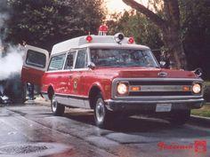 chevy ambulance ✏✏✏✏✏✏✏✏✏✏✏✏✏✏✏✏ IDEE CADEAU / CUTE GIFT IDEA ☞ http://gabyfeeriefr.tumblr.com/archive ✏✏✏✏✏✏✏✏✏✏✏✏✏✏✏✏