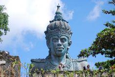 The statue of Lord Vishnu in Garuda Wisnu Kencana park in Bali, Indonesai Weird Phobias, Monuments, Mythical Birds, Hindu Statues, Thai Elephant, Pottery Sculpture, Deities, Statue Of Liberty, Mythology
