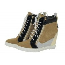 Heerlijke wedge sneakers! Wedges, Sneakers, Shoes, Fashion, Tennis Sneakers, Sneaker, Zapatos, Moda, Shoes Outlet