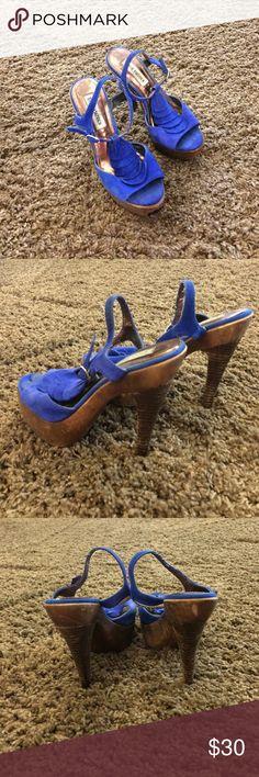 Stiletto blue platform sandals by Steve Madden Steven Madden Stiletto blue platform sandals. Very stylish. And comfortable Steve Madden Shoes Platforms
