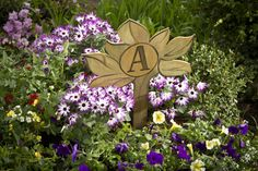 Want to add a personal touch to your garden? This family tree stake is a great way to make a statement in your yard. To create, you'll need a Dremel Moto-Saw, thin craft wood and some paint or stain. Template and further details can be found on #DremelWeekends.