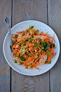 indian-spiced carrot salad - perfect, healthy, & very yummy salad. Raw Food Recipes, Indian Food Recipes, Salad Recipes, Vegetarian Recipes, Cooking Recipes, Healthy Recipes, Ethnic Recipes, Radish Recipes, Zoodle Recipes