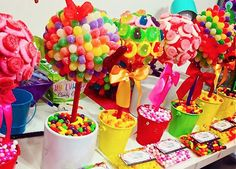 Lolly arrangements, great idea for a party