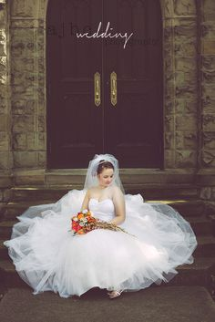 Fairytale Wedding Dress - DIY Bouquet - beautiful natural bride - Wedding Photographer