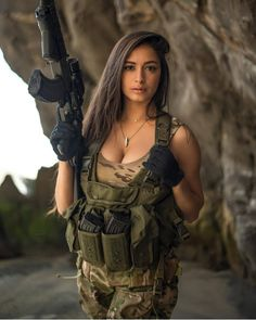bear Fighter Girl Gun for women south africa Military / Fighter (Girl) . Armas Airsoft, Mädchen In Uniform, Israeli Girls, Outdoor Girls, Babe, Military Girl, Female Soldier, Warrior Girl, Military Women