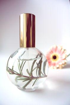 diy, natuurcosmetica, natuurlijke cosmetica, Druantia, I love eco blog, Natuurlijke haarspray, haarspray