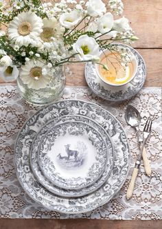 Delamere Rural is a beautifully elegant collection from Spode. Using the refined Camilla shape, the design features an intricate and exquisitely detailed border sourced from Spode's design archive that dates back to c1823 #DelamereRural #Spode