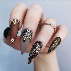 pinyuyis romo on uñas acrilicas  nails beauty