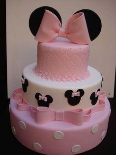 New Birthday Cake Fondant Ideas Minnie Mouse Ideas Minnie Mouse Birthday Cakes, Minnie Mouse Theme, Minnie Mouse Baby Shower, Baby Birthday, Birthday Parties, Mickey Mouse, Bolo Minnie, Mickey Cakes, Minnie Mouse Cake