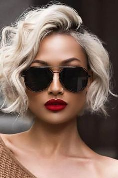 Our Favorite Hairstyles for Fall, short, medium and Long. - Informations About Our Favorite Hairstyles for Fall, short, medium and Long. Pin You can easily use - Layered Haircuts For Women, Short Hair Cuts For Women, Short Trendy Haircuts, Hair Cuts For Summer, Short Textured Haircuts, Wavy Bob Haircuts, Cut Her Hair, Short Hairstyles For Women, Fall Hairstyles