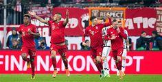 Bayern jubelt nach irrer Aufholjagd - Bayern steht im Viertelfinale der Champions League. Gegen Juventus Turin drehten die Münchener die Partie nach einem 0:2-Rückstand. Sie gewannen nach Verlängerung mit 4:2 (0:2).