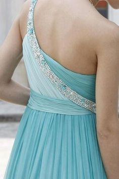 Maid of honor - Tiffany blue dress. Via Pretty Pretty Things.