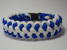 Dragon Claws Paracord bracelet from WazE Paracord!
