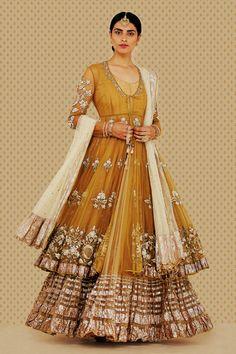 "aashiqaanah: "" ""Anju Modi's Bajirao Mastani Collection "" """
