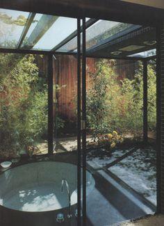Li, se conseguirmos fazer um jardim desses (reservado) em cada banheiro, eu não vou mais sair de casa! (Gui :)