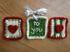 Stitchy Gift Tags - A quick Christmas crochet project that can be modified for any holiday.