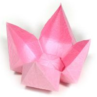Detailed instructions for many origami flowers, animals, etc., from easy to more difficult