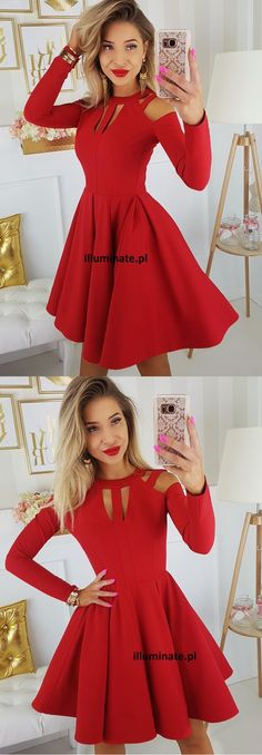 Czerwona rozkloszowana sukienka z długim rękawem na wesele. Red dress long sleeve 259zł www.illuminate.pl