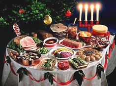 Traditional Swedish Christmas food: http://annesfood.blogspot.fr/2007/12/swedish-christmas-food-guide.html