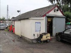http://www.preferredcommercial.co.uk/advert/3451-Vehicle-Repair-and-Servicing-Centre-Business-For-Sale-in-Stockport-Cheshire/  Preferred Commercial is delighted to offer for sale this busy vehicle repair and servicing centre, which was established by our clients in 1989 and which is only now being offered to the market due to our clients' wish to retire.