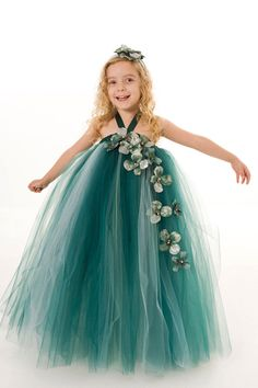 Flower Girl Tutu Dress Green Angelic Jade by Cutiepatootiedesignz. $75.00, via Etsy.  I can so make this for dirt cheap!!