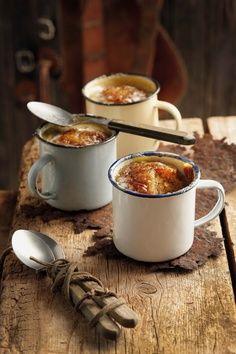 r u s t i c ✜ comfort ~ hot onion soup