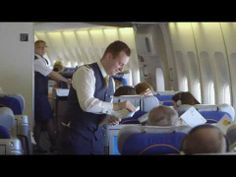 Video Lufthansa: Devin, First Class flight attendant