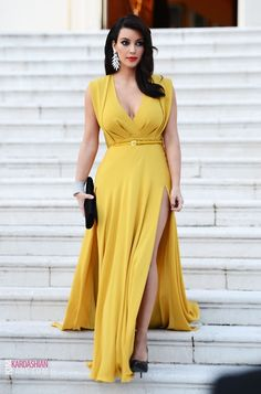 I would rock the heck out of this dress...yes indeed!