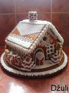 Gingerbread House in Czech so the directions are useless to me. But the photo can be used as inspiration for decoration! Gingerbread House Parties, Gingerbread Decorations, Christmas Gingerbread House, Gingerbread Man, Gingerbread Cookies, Christmas Deserts, Christmas Treats, Christmas Cookies, Cute Cookies