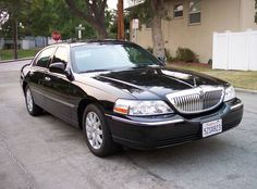 Trending of limo is growing day by day, people want to hire a limo for the Monterey and Pebble beach transportation like when going in wedding party or business meeting they want luxurious limousine. Just hire our company Pacifictowncar and get the best deals.
