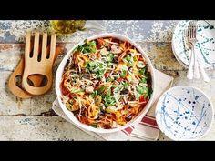 Pasta puttanesca met tonijn ‹ Ladychef Sofie Dumont Pasta Puttanesca, Penne Pasta, Foodies, Spaghetti, Meat, Chicken, Cooking, Ethnic Recipes, Desserts