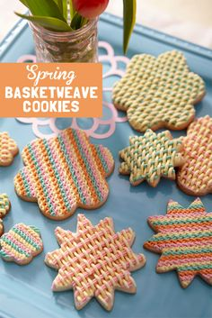 Create a woven texture to make these the cookies of the season!
