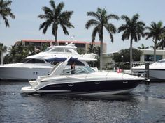 Very popular, comfortable 32 Searay DA   http://www.floridaboatads.com/index.php/search-ads/boats/2007-sea-ray-320-sundancer