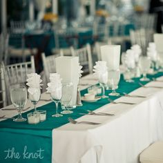 Simple reception idea: Modern White and Teal Decor