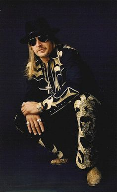 Kid Rock in Manuel Couture