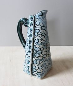 This dressing pourer comes in a variety of patterns and colors. It is often times used as decorative bud vase or coffee creamer pourer. It is food, dishwasher, microwave and oven safe. Pottery Teapots, Pottery Mugs, Pottery Bowls, Hand Built Pottery, Slab Pottery, Ceramic Pottery, Vases, Slab Ceramics, Pottery Supplies