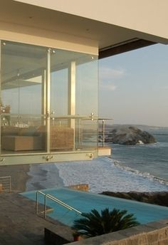 Peru home http://www.buzzfeed.com/mattortile/21-gorgeous-beach-houses-that-are-doing-it-right