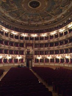 Teatroreal de madrid salas pinterest el teatro for Sala 091 madrid