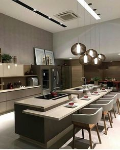 Today we will show you the 5 kitchen trends 2018 that will be IN because the new year also means new kitchen design. Home Decor Kitchen, New Kitchen, Kitchen Interior, Kitchen Dining, Kitchen Lamps, Decorating Kitchen, Kitchen Ideas, Floors Kitchen, Lobby Interior