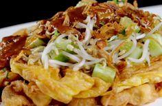 Indonesische Recepten: Tahu telor: heerlijk Indonesisch gerecht van tahoe en ei met een pittige saus