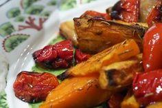 Vähän herkullisemmat uunivihannekset - Elämäni Kunnossa | Lily.fi Chicken Wings, Free Food, Healthy Recipes, Free Recipes, Good Food, Toast, Breakfast, Lily, Food Food